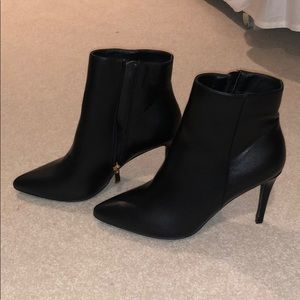 Black pointed toe ankle booties